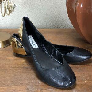 Steve Madden Black Leather & Gold Ballet Flats